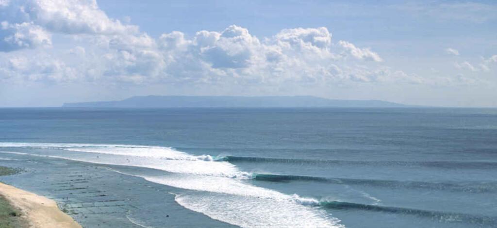 Secrets of Desert Point, Surf Film Nacht